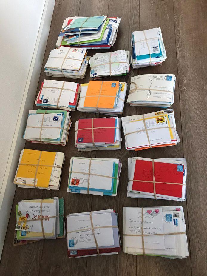 De post voor Maxx kwam in bundels en zelfs met postzakken tegelijk binnen.