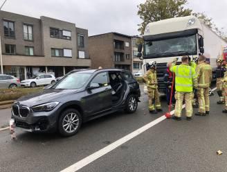 Kettingbotsing tussen vijf voertuigen op A12 in Wilrijk: bestuurder lichtgewond