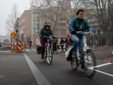 Fietspaden in centrum Eindhoven worden voor de veiligheid toch rood