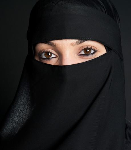 NIDA betaalt boetes voor vrouwen die boerkaverbod overtreden