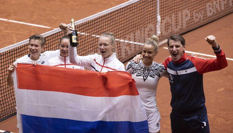 Nederland wint met 3-2 van China tijdens de Billie Jean King Cup play-off. De Nederlandse tennissters spelen twee dagen tegen China in de hoop de qualifiers te bereiken.  Beeld ANP