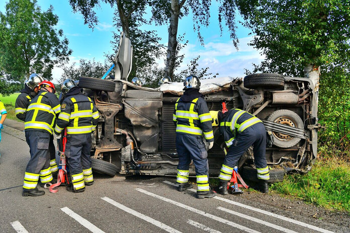 Bij een ernstig ongeluk in Bergeijk kwam een trauma-helikopter ter plaatse.
