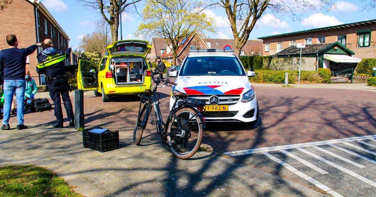 Opmerkelijke actie van automobilist na aanrijding met fietser in Apeldoorn: 'Haalde 'L' van zijn dak en reed door'.