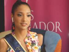 Amputée des bras et d'une jambe, elle participe au concours de Miss Équateur