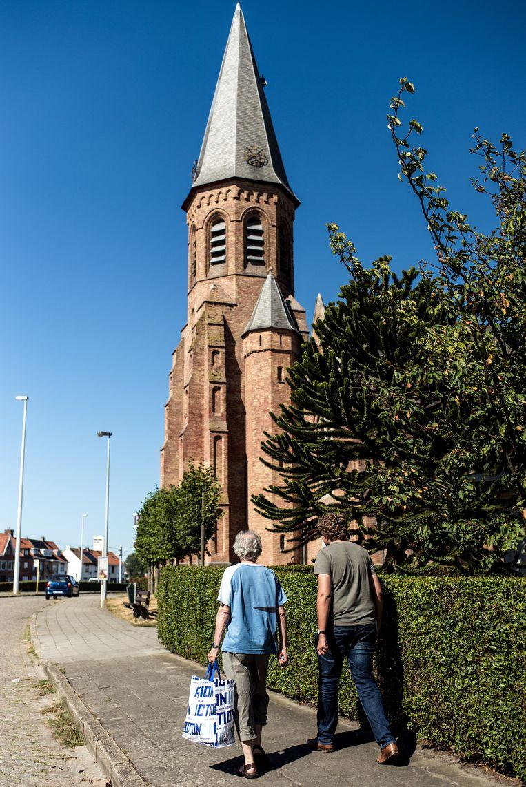De Sint-Donatuskerk in Zeebrugge. Beeld Tine Schoemaker