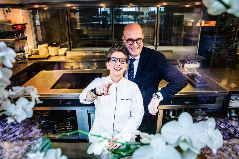Sommelier Petro Kools en chef-kok Margot Reuten van sterrenrestaurant Da Vinci in Maasbracht. Beeld Aurélie Geurts