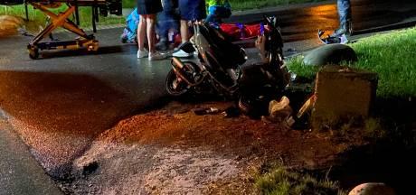 Scooterrijder gewond door aanrijding met auto in Putten
