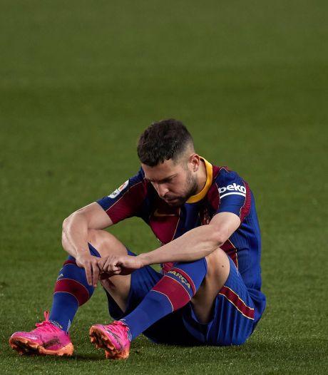 Kans op titel voor Koeman en Barcelona bijna gehalveerd na dreun tegen Granada