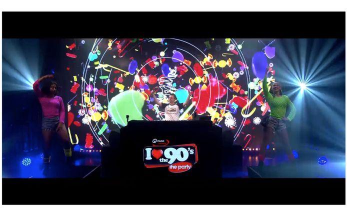De digitale editie van 'I love the 90's' trok heel wat enthousiaste feestgangers.
