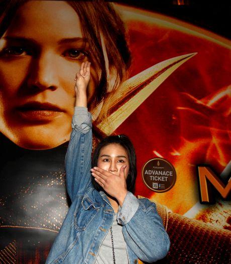 Handgebaar uit The Hunger Games is hét symbool van protestbeweging Myanmar
