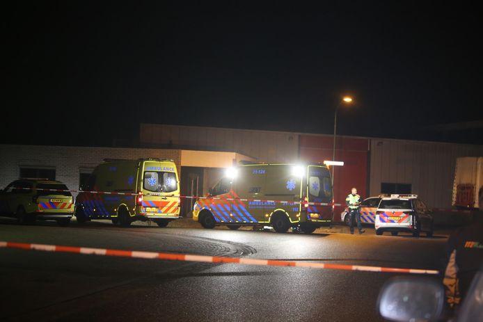 Medisch personeel in touw voor steekpartij op bedrijventerrein 't Retsel in Heeswijk-Dinther.