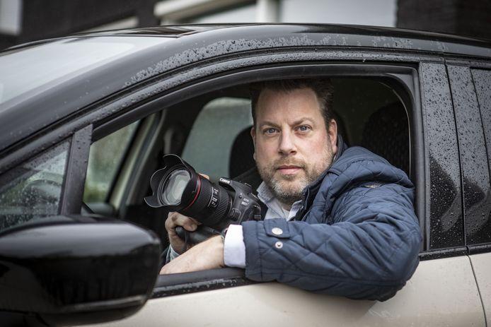 112-fotograaf Dennis Nengerman zat middenin een achtervolging. De Oldenzaler over het werk, de kick en zijn lege accu.