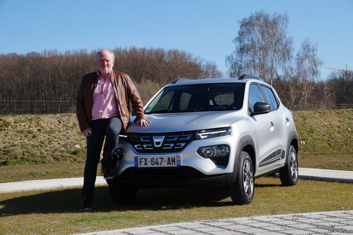 Dacia Spring getest Joost Bolle