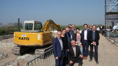 Realisatie nieuwe wijk in Kleine Dijk met zicht op Beerstblote gestart