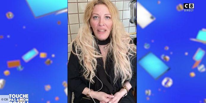 Loana s'exprime dans une vidéo.