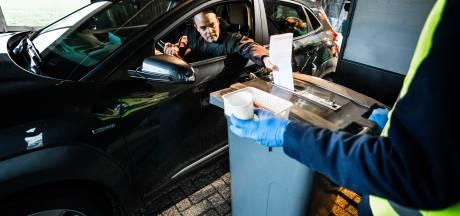 Stemmen vanuit je auto: in Oldebroek en Harderwijk kan het straks