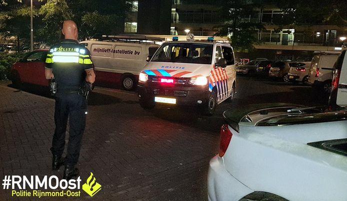De Rotterdamse politie heeft vannacht een 11-jarige bestuurder van een sportauto van de weg gehaald.