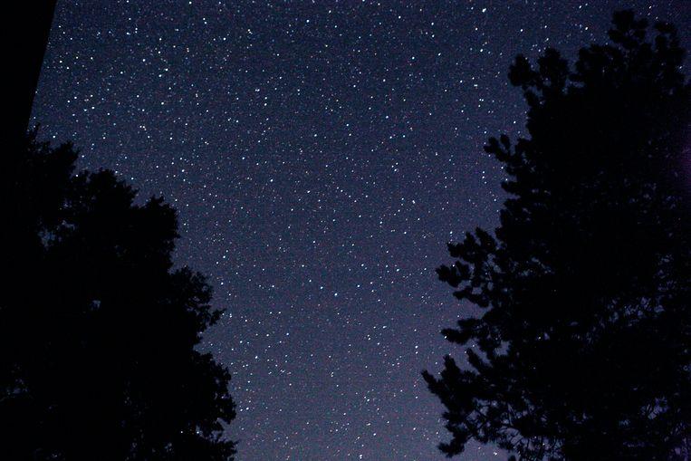 Vannacht was aan de hemel een streep van tientallen lichtjes zichtbaar? Beeld Jorgen Caris
