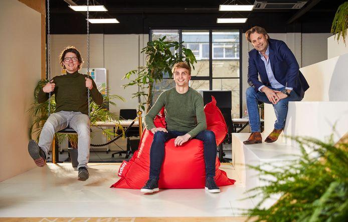 Marcel Roorda (rechts) met zijn compagnon in Doop, Daan Gönning (midden), en Sander van den  Dries (links), oprichter van Triggerfish.
