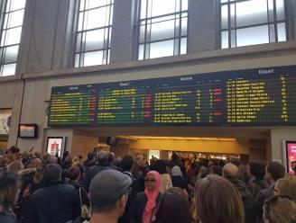 Zeer lastige avondspits op het spoor: vertragingen tot anderhalf uur