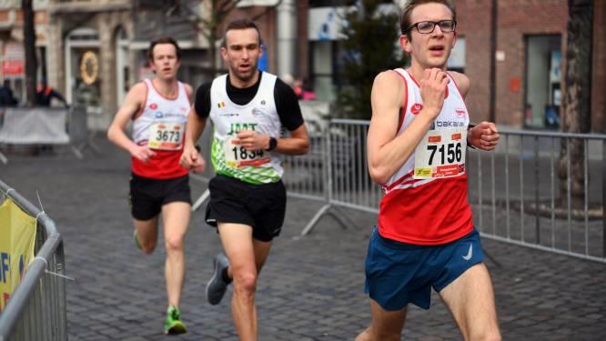 """Gerd Devos scherpt in marathon Amsterdam besttijd bij: """"Ik voel dat het nog sneller kan"""""""