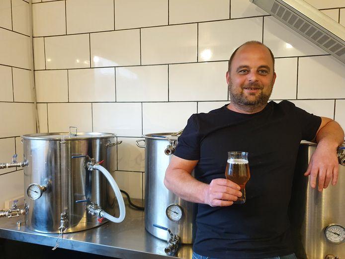 Tom Dierckx van Brouwerij31 heeft zijn eerste biertje gelanceerd. De tripel volgt over een tweetal maanden.