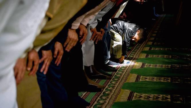 Nederlandse moslims reageren woest op heimelijke onderzoeken in moskeeën: 'Vertrouwen geschaad'
