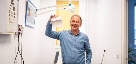 Prullenbakvaccins vliegen de deur uit: 'Mensen stonden massaal op de trap in onze praktijk'