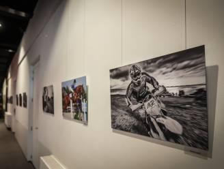 CC De Kimpel opent nieuwe fototentoonstelling over sport
