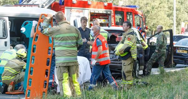 Meerdere gewonden bij aanrijding op A1 bij Terschuur.
