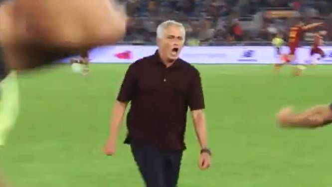 """José Mourinho, door het dolle heen na ultieme treffer, excuseert zich: """"Ik gedroeg me als een kind"""""""