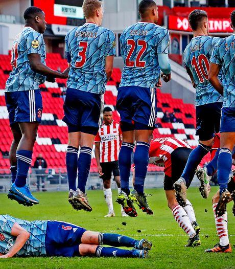 Klaassen en Van Overeem liggen zonder morren achter de muur: 'Ik doe het voor het team'