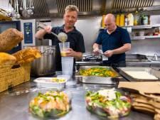 Afhalers zorgen voor drukte bij restaurants met Pasen: 'Ik sta er echt van te kijken'