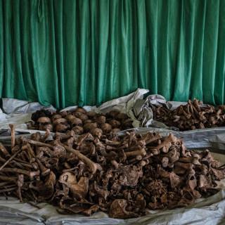 wordt-het-brein-achter-de-rwandese-genocide-vrijgelaten?
