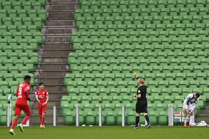 De laatste ontmoeting tussen FC Groningen en FC Twente werd in januari afgewerkt in een leeg stadion. De Enschedeërs kwamen op een 2-0 voorsprong, ,maar uiteindelijk eindigde het duel onbeslist: 2-2.