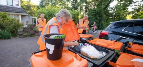 Waarom wordt in alle Hellendoornse afvalbakken gegraaid? 'Deze houdt wel van bier zeg'