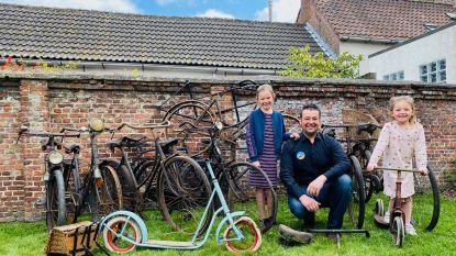 """Pieter (39) is dol op fietsen en heeft vandaag verzameling van meer dan 60 tweewielers van heeft voor Tweede Wereldoorlog: """"Gelukkig is mijn vrouw zeer tolerant"""""""
