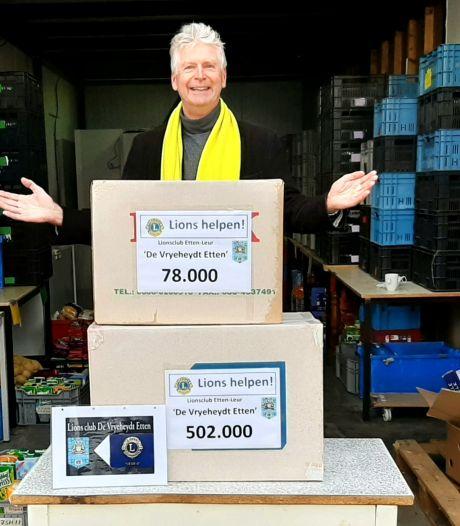 Etten-Leur levert ruim half miljoen Douwe Egberts-punten in voor voedselbank