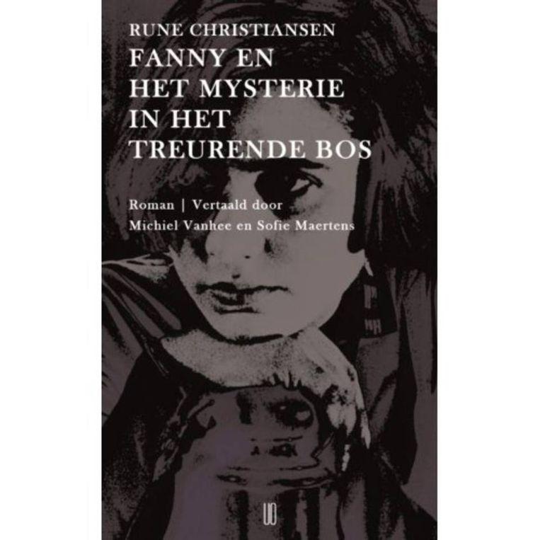 Rune Christiansen: Fanny en het mysterie in het treurende bos.  Uit het Noors vertaald door Sofie Maertens en Michiel Vanhee.  Oevers; €18,95  Beeld