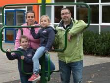 Scholenstaking: buurvrouw past op de kinderen van Ferry en Maureen in Doesburg