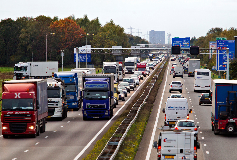 Files op de A67 tussen Eindhoven en Geldrop.