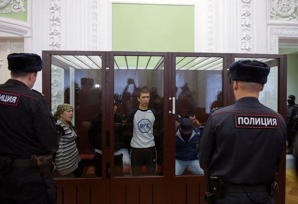 Abror Azimov (c) kreeg levenslang.