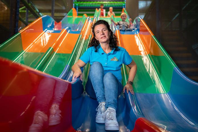 """Renate Vesters van Monkey Town in Arnhem. ,,Ik denk dat veel ouders zoeken naar een plek waar ze zich samen met hun kinderen een dag kunnen vermaken."""""""