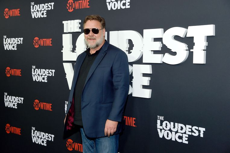 Russell Crowe was niet aanwezig bij de uitreiking, maar liet Jennifer Aniston een boodschap overbrengen.