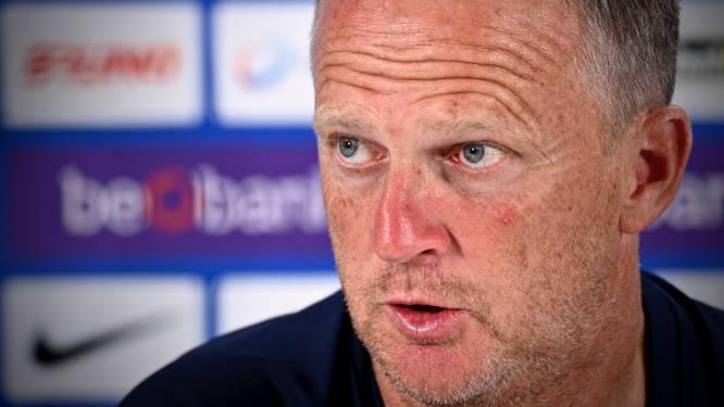 """John van den Brom heeft niet de indruk dat Onuachu en co. azen op transfer: """"Niemand gooit er zijn pet naar"""""""