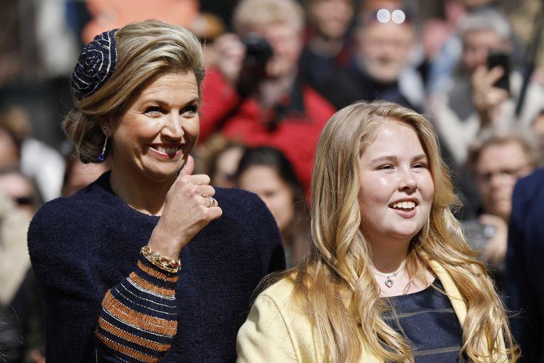 Prinses Amalia met haar moeder koningin Maxima in 2017.