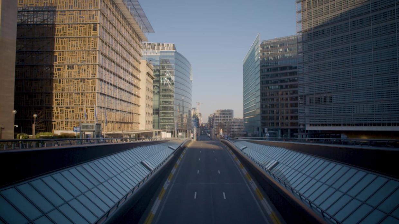Brussel einde maart: de hoofdstad oogde helemaal verlaten. Beeld Matthias Himschoot - 'Empty Roads' (YouTube)