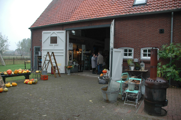 Brocantemarkt in Heesbeen.