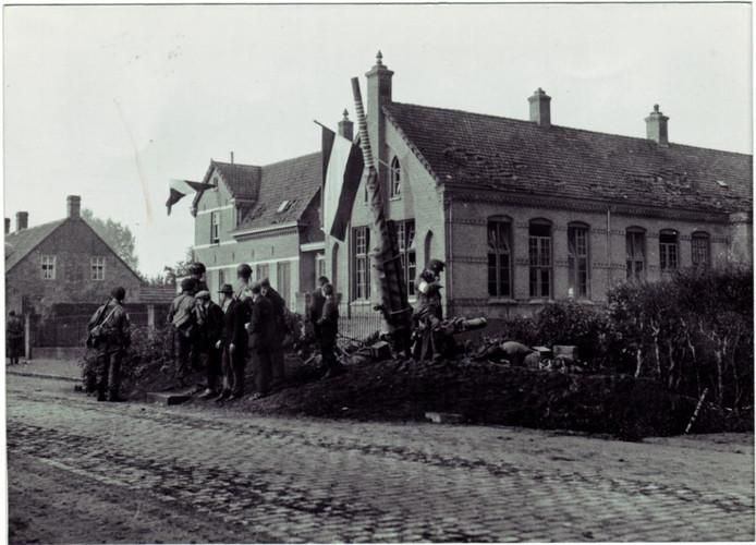 Het kanon dat ten tijde van de bevrijding bij Zonhove stond.