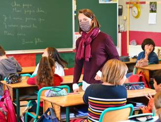 Besmettingen stijgen vooral bij actieve bevolking, maar ook bij jongeren en kinderen